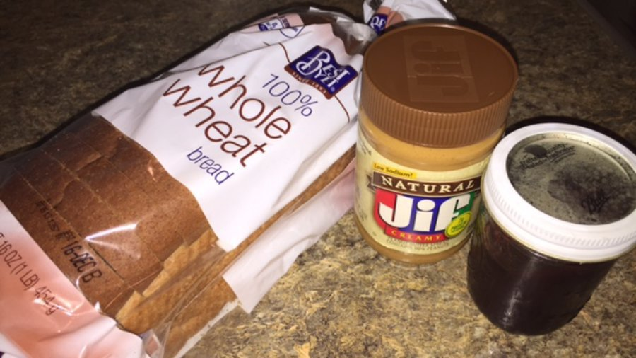 Hump Day Headlines:  How We Spend $300/Month on Groceries