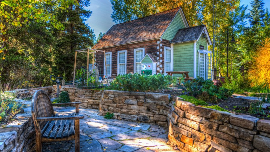 Downsizing Your Lifestyle Tiny House Small